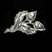 Sterling Leaves and Acorn Pin, Brooch