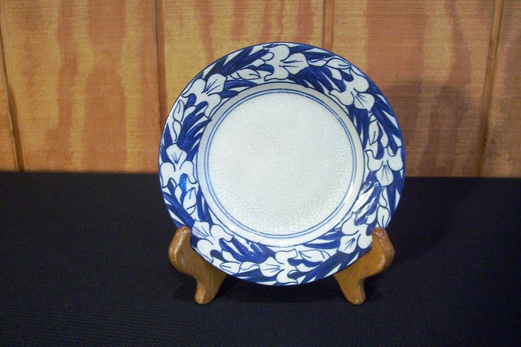 Dedham Pottery &quot;Iris&quot; 6&quot; Plate