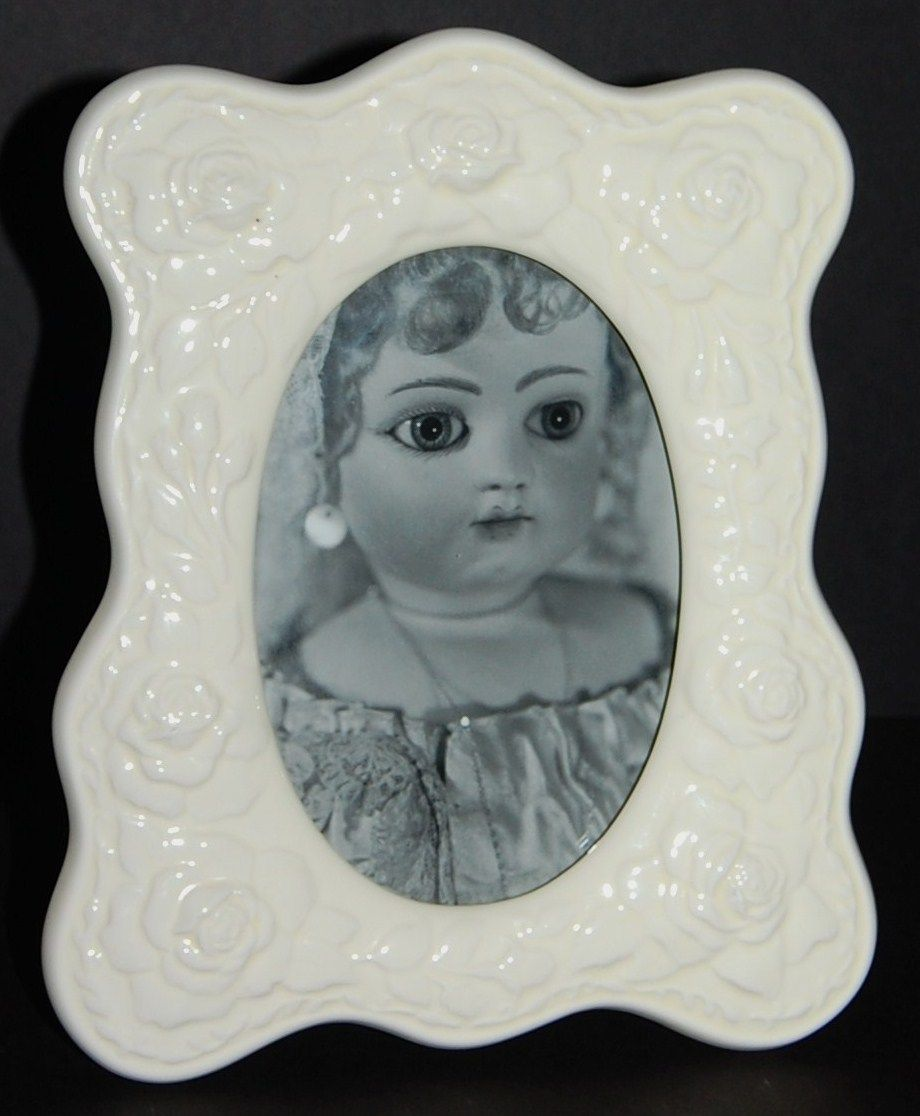 1989 Terragrafics ~ White Ceramic Rose Photo Frame