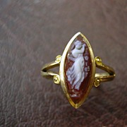 ENGLISH 18 carat gold cameo ring H/M 1892