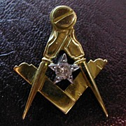 ENGLISH 18 carat gold MASONIC Diamond pendent