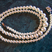 SALE RICHELIEU ~ REDUCED AGAIN ~ 101  Pearls, Pearls, Pearls  ~ Graduated Creamy Faux Pearls T