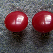 SALE BAKELITE ~ Really, Really Red Vintage Button-Style Clip-On Earrings