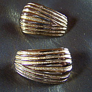 SALE REDUCED ~ Vintage Earrings  ~ 10 K GoldFill Dazzly Designer ClipOns