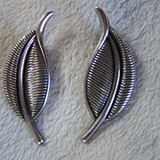 SALE REDUCED ~ BARTEK ~ Vintage Sterling Silver Curved Double Leaf EARRINGS ~ Clip Ons