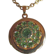 SALE N.R. & Swarovski PERIDOT Crystals On 14KT GP Round LOCKET ~~ Vintage N.R. Finery With Ton
