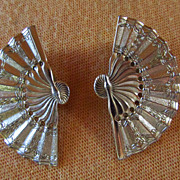 SALE NAPIER ~~ 14KT GP Reticulated FAN Earrings ~~ Vintage Detailed Clip Ons ~~