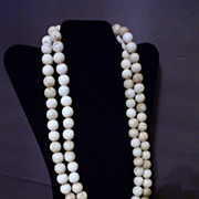 Chinese White Jade Beaded Necklace, Qing Dynasty 白玉