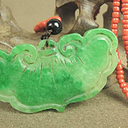 Chinese Green Jade Pendant & Bead Necklace, Lingzhi Bat Shape