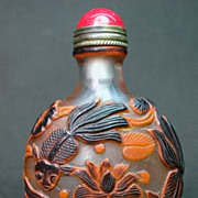 Chinese Carved Peking Glass Snuff Bottle, Goldfish, Lotus, Frogs