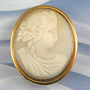 Vintage Shell Cameo Gold Filled Setting Pin
