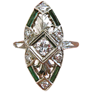 Art Deco Platinum Diamond Emerald Vintage Ring
