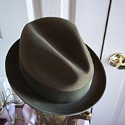 SOLD Champ Triumph Fedora