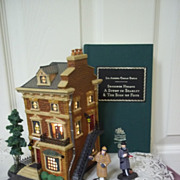 Department 56, Sherlock Holmes 221B Baker Street 3 Piece Set, Mint in Box