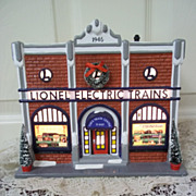 Department 56, Snow Village Lionel Electric Train Shop Mint In Box