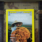 Vintage National Geographic Vol. 152, No. 4, October 1977