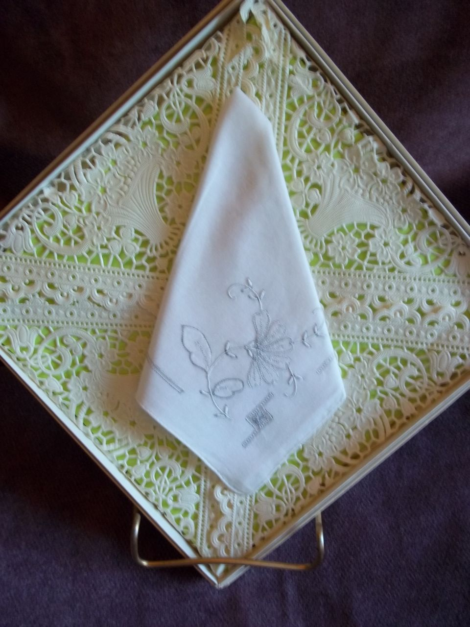 Embroidered White Vintage Handkerchief / Hankie
