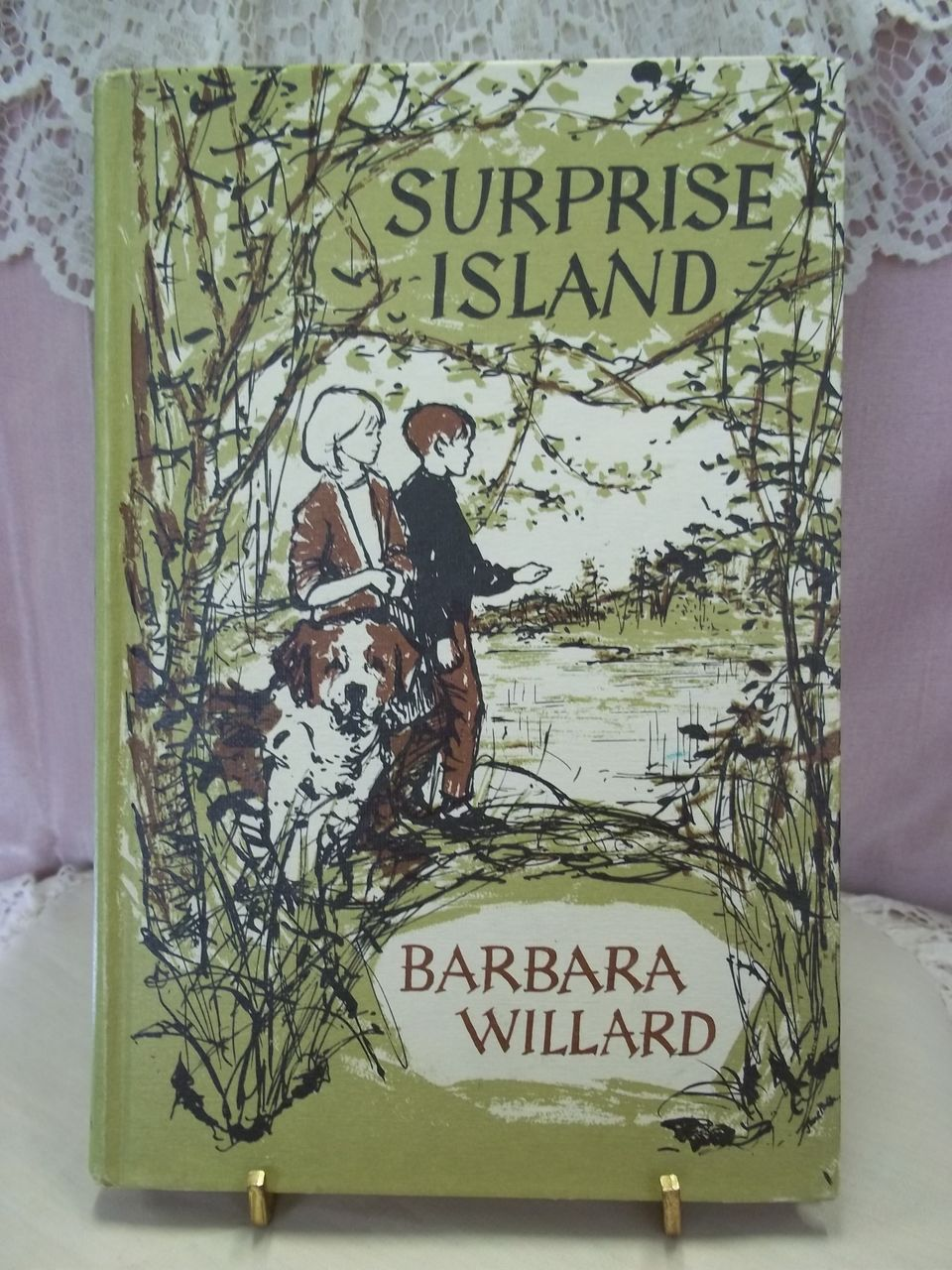 Surprise Island, Barbara Willard, Meredith Press 1969, Weekly Reader Children's Book Club HC