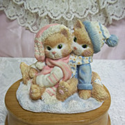 Christmas Kittens Music Box: We Wish You a Merry Christmas