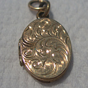Vermeil Oval Locket...no chain