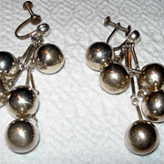 Vintage Screwback Silver-toned Dangling Earrings