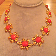 Retro 22 karat gold and Noble red Coral Necklace
