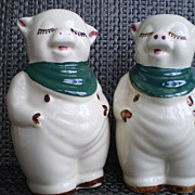Shawnee Shamrock Smiley Pig Salt & Pepper Shakers