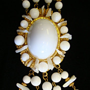 Dramatic Valentino Runway Necklace in White ~ 28&quot; with 5&quot; Pendant!!