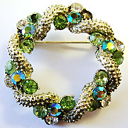 Round Coro Pin with Peridot Colored Stones
