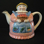 Otagiri Granny Farmer Teapot Mary Ann Baker Made in Japan