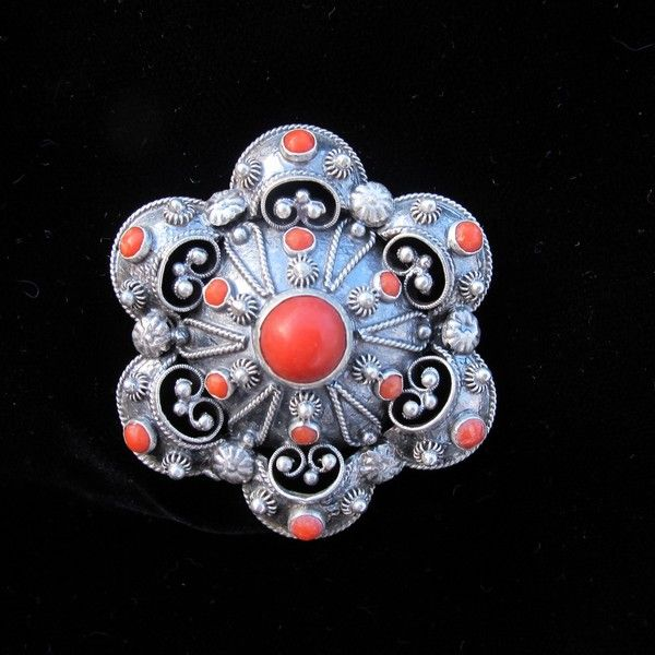 Silver brooch with tomato red Coral cabochons, dated at 1910