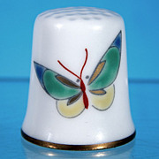 Vintage Fukagawa Japanese Porcelain BUTTERFLY Collectible Sewing Thimble