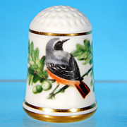 Limited Edition Porcelain Thimble COMMON REDSTART / Franklin Porcelain / GARDEN BIRDS / Peter 