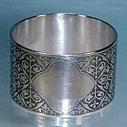 Vintage Silverplate NAPKIN RING Ornate Engraving & Cartouche