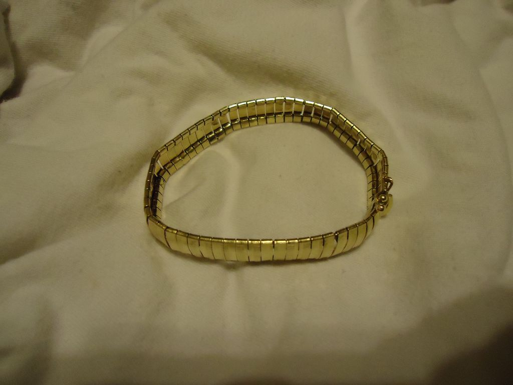 "Heavy 14k Yellow Gold Art Deco Motif 7"" Bracelet"