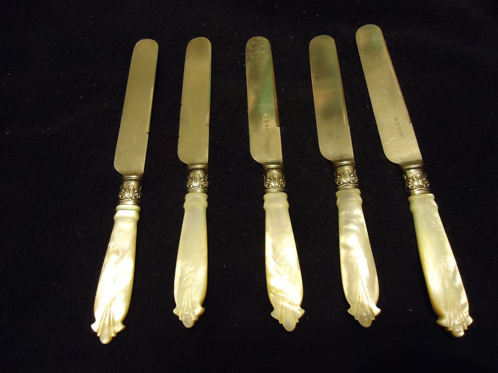 Set of 5 Carved Mother of Pearl Handle Sterling Silver Fish Knives