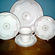 Sanbury  by Viletta China Co.  5 Piece Setting Fine China