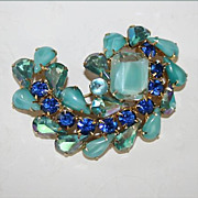 Gorgeous Vintage Rhinestone Brooch - Unsigned - Shades of Aqua and Royal Blue