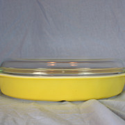Pyrex Primary Yellow Divided Casserole Dish