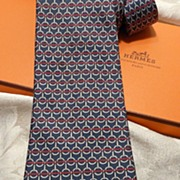 Authentic Vintage Herm�s Silk Tie 7156FA - Excellent