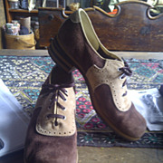 suede 1970's Hush Puppies womens shoes Size 8 brown tan