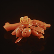 14k Victorian Carved Natural Red Coral Fruit Floral Brooch Pin