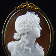 Late Victorian Art Nouveau 14K Gold Cameo of Bacchante (Maenad)