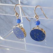9kt Yellow Gold Lapis Bead and Round Disc Lapis Lazuli Dangle Earrings