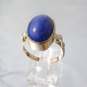 9kt Pink Gold Elongated Oval Royal Blue Lapis Lazuli Ladies Ring