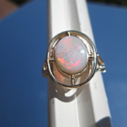 9kt Yellow Gold Lightening Fiery Oval Opal Ladies Ring