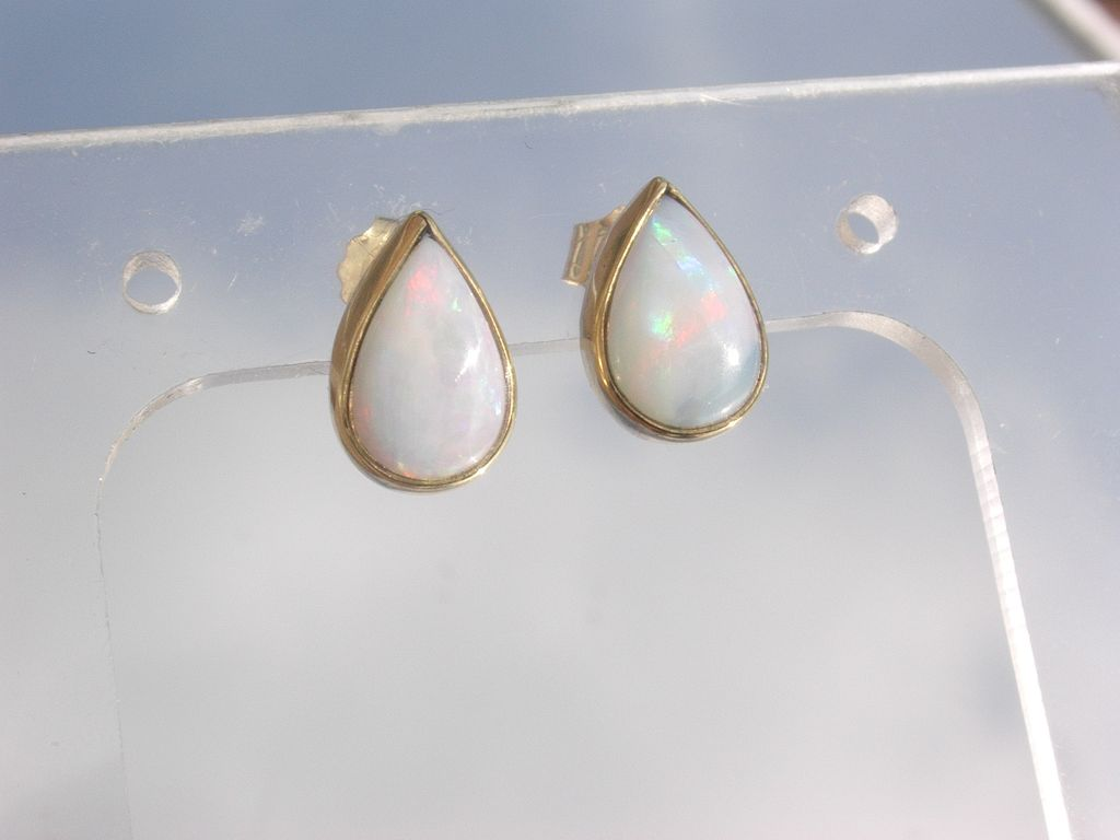 14kt Fiery Opal Pear Shape Stud Earrings