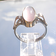 Sterling/9kt Oval Glowing Rose Quartz Ladies Ring