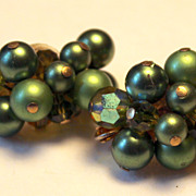 Beautiful Green Cluster Clip On Earrings