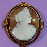 SALE Victorian Shell Cameo in 14kt Yellow gold